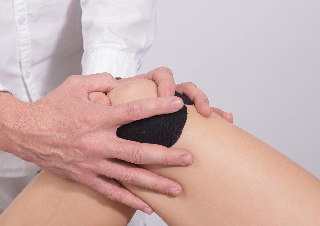 """כאבי ברכיים - ד""""ר עמית רגב"""